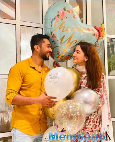 Well, Darbar took to his Instagram account and shared an adorable picture with Khan where he announced to the world that he has proposed to her and she has said yes.