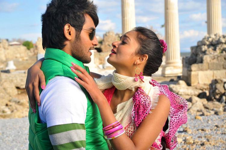 Aadi and Shanvi Lovely Cinema Hot pics