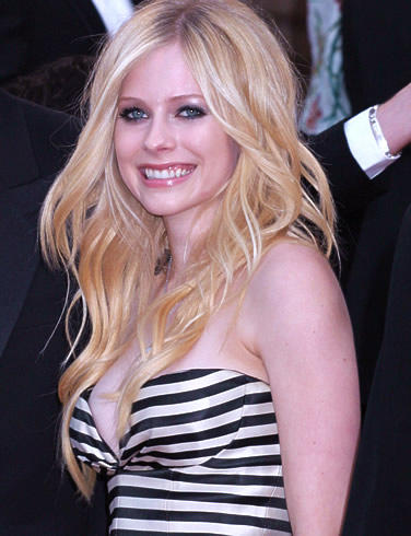 Avril Lavigne Looking So Beautiful