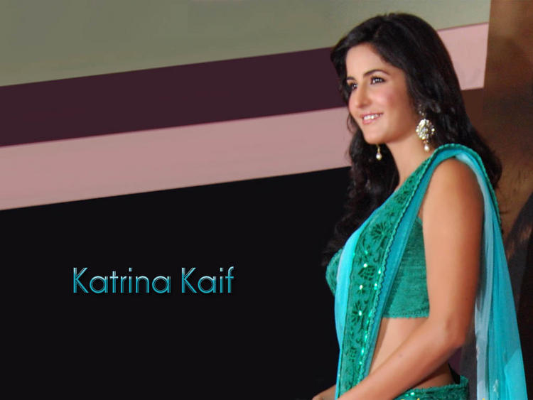 Katrina Kaif Beauty Smile Face Wallpaper