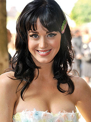 Katy Perry Open Boob Show Beautiful Face Still