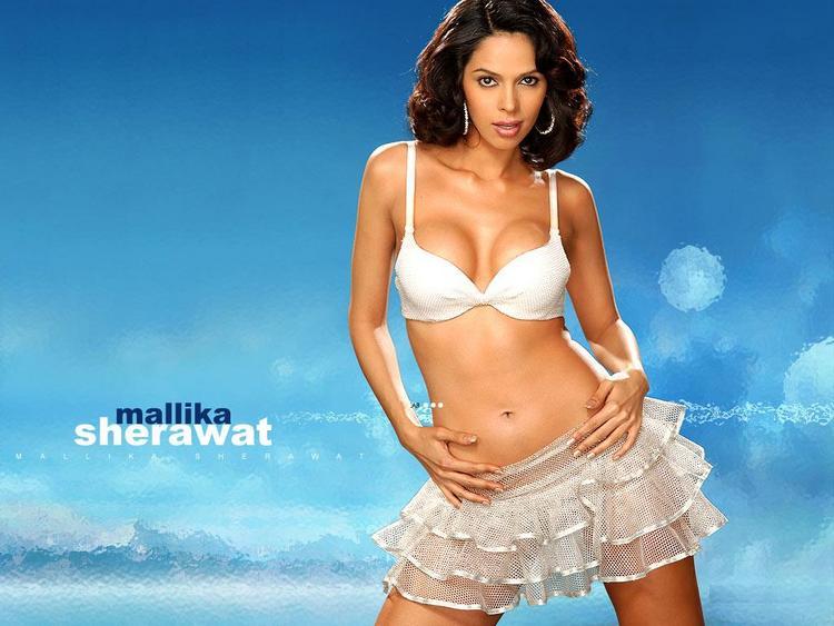 Mallika Sherawat Two Piece Dress Wallpaper