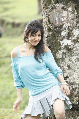 Neha Sharma Sizzling Face Look