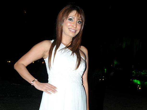 Pooja Mishra at Couture for Cause Fashion Show in ITC Maratha