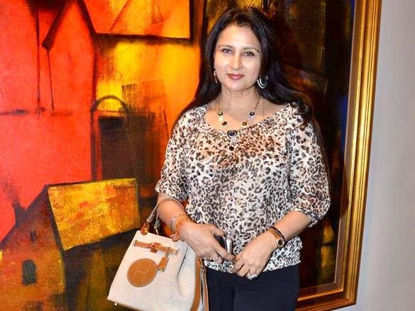 Poonam Dhillon at Paresh Maity's Art Event
