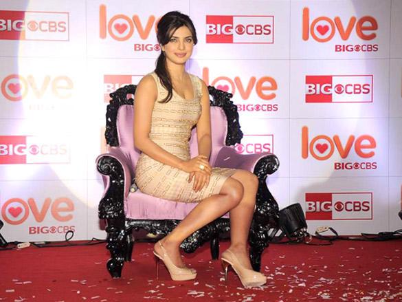 Priyanka Chopra Pose To Photoshoot at Love Big CBS Show Launch