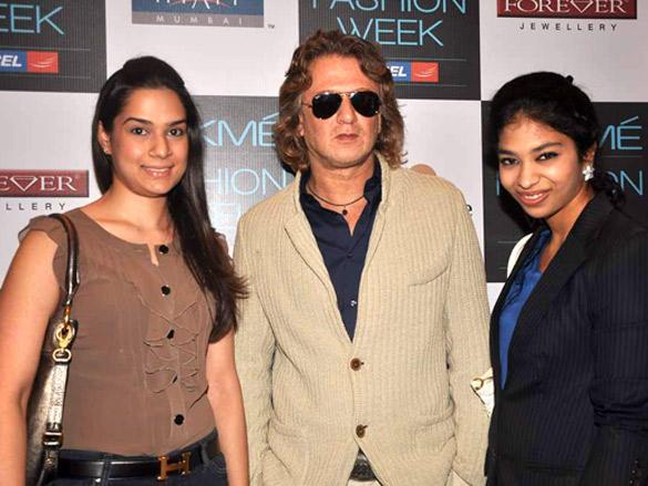 Rohit Bal with designers at Lakme Fashion Week