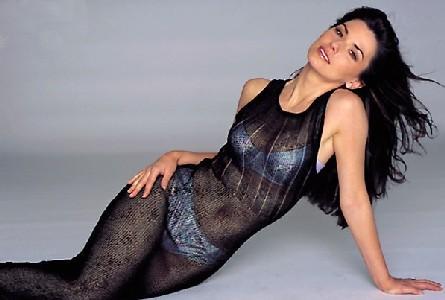 Shania Twain Hot Dressing Spicy Photo