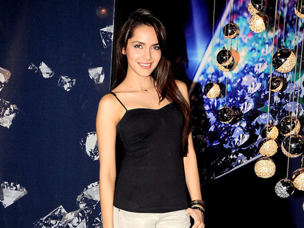 Shazahn Padamsee Looking Very Gorgeous
