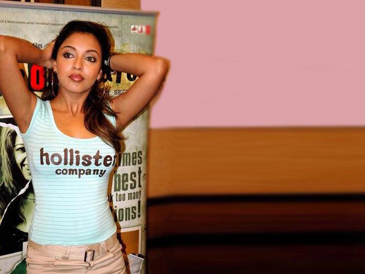 Tanushree Dutta Fitness Still