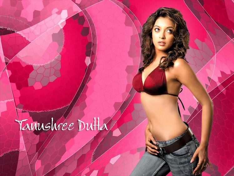 Tanushree Dutta Latest Sexiest Wallpaper