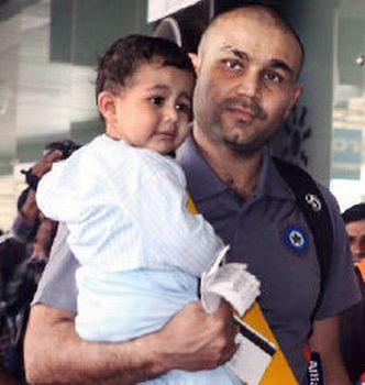 Virender Sehwag with Son At Airport
