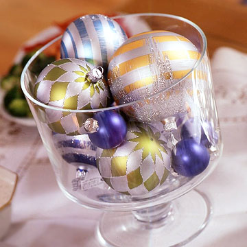 Glass Container With Decorated Christmas Balls