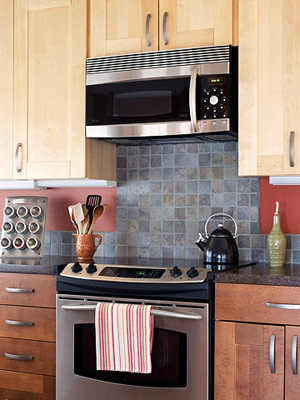 slate backsplash behind stove
