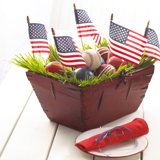 Table Setting: Flag Centerpiece