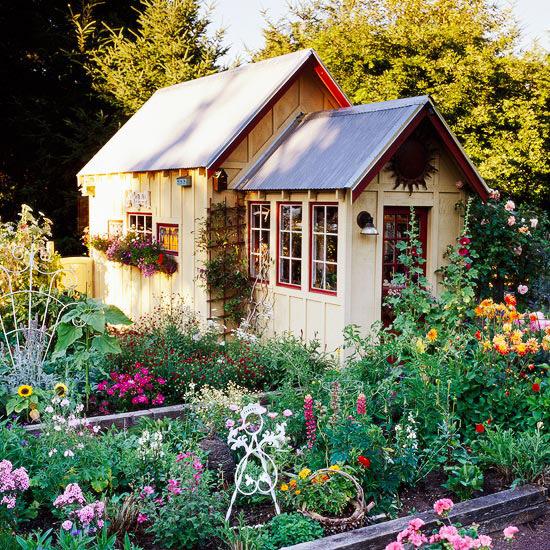 Carefree Cottage Style