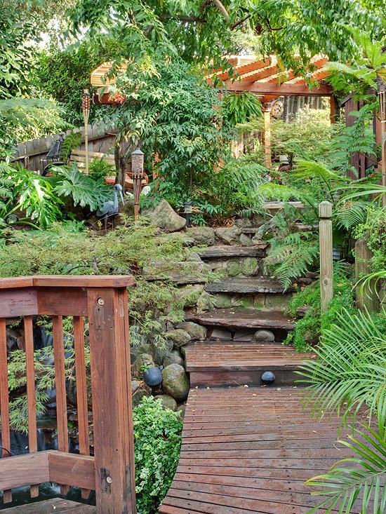 Create a Tropical Retreat in Your Backyard on Tropical Backyard  id=18714
