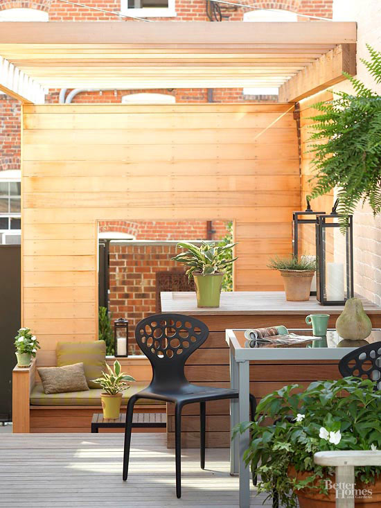 Small + Simple Outdoor Living Spaces on Small Backyard Living Spaces  id=37776