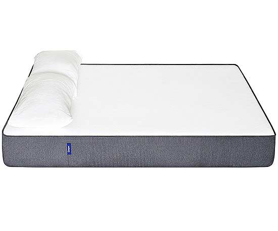 This Online Mattress Retailer Completes The Scene With Sheets And Pillows Too Its Boasts High Density Memory Foam Springy Open Cell Latex
