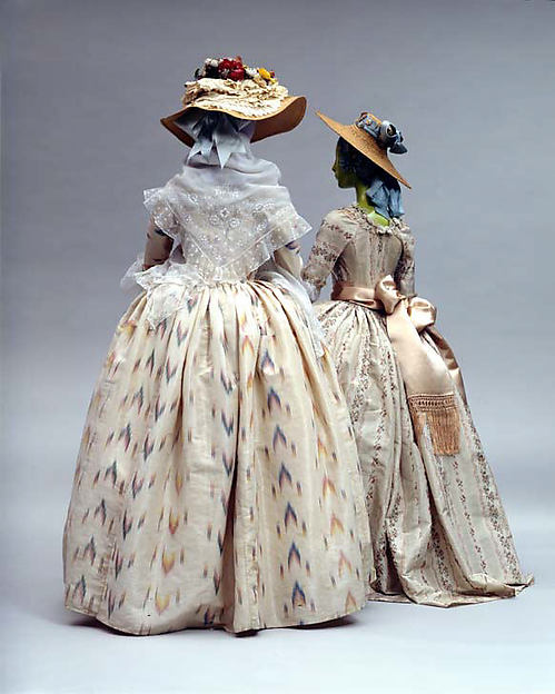 Commercial Colonial: Making a Slightly-More-Historical Rococo Gown ...