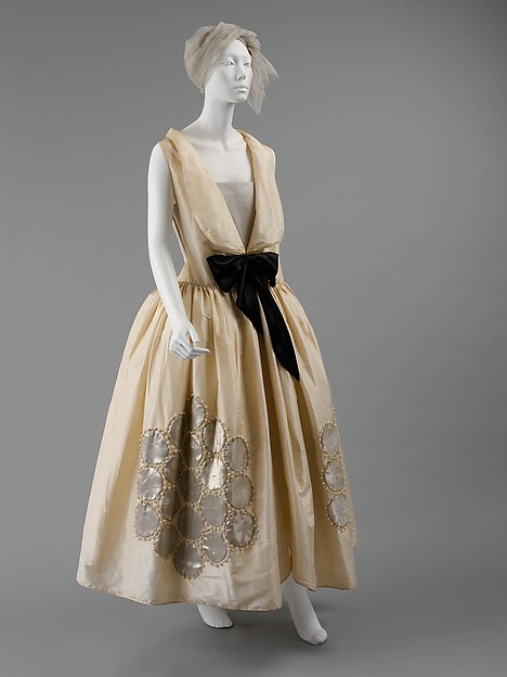 Lanvin robe de style, Fall/Winter 1924-25 in the collection of The Costume Institute
