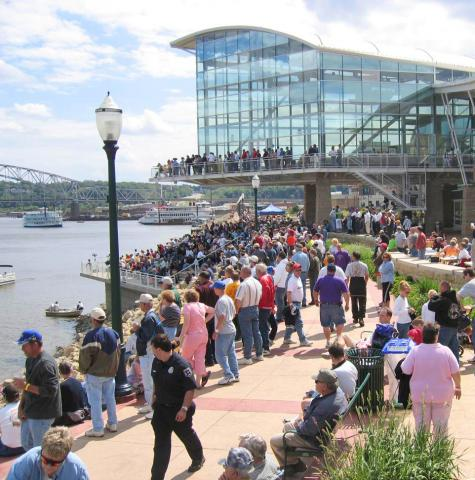 Top Things To Do In Dubuque Iowa Midwest Living