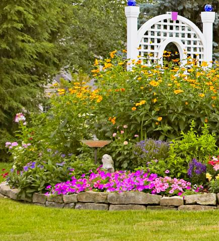 flowers for cottage style gardens Garden Tour: English-Style Cottage Garden in Ohio