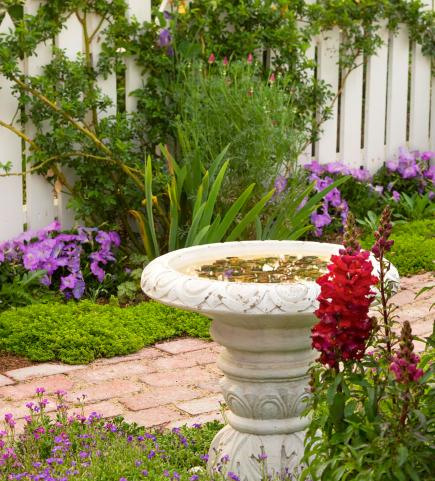 Birdbaths to Enhance Your Landscape | Midwest Living on Birds Backyard Landscapes  id=23028