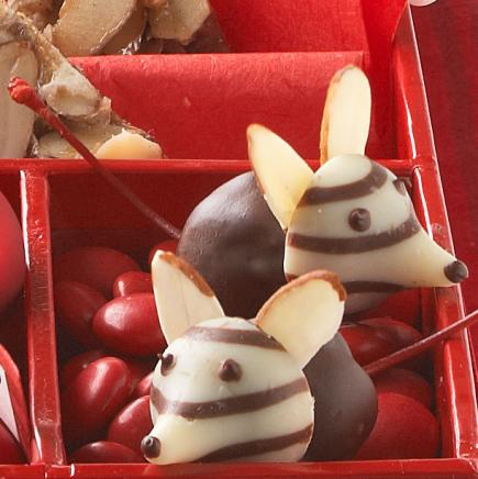Delectable Christmas Candies And Treats Midwest Living