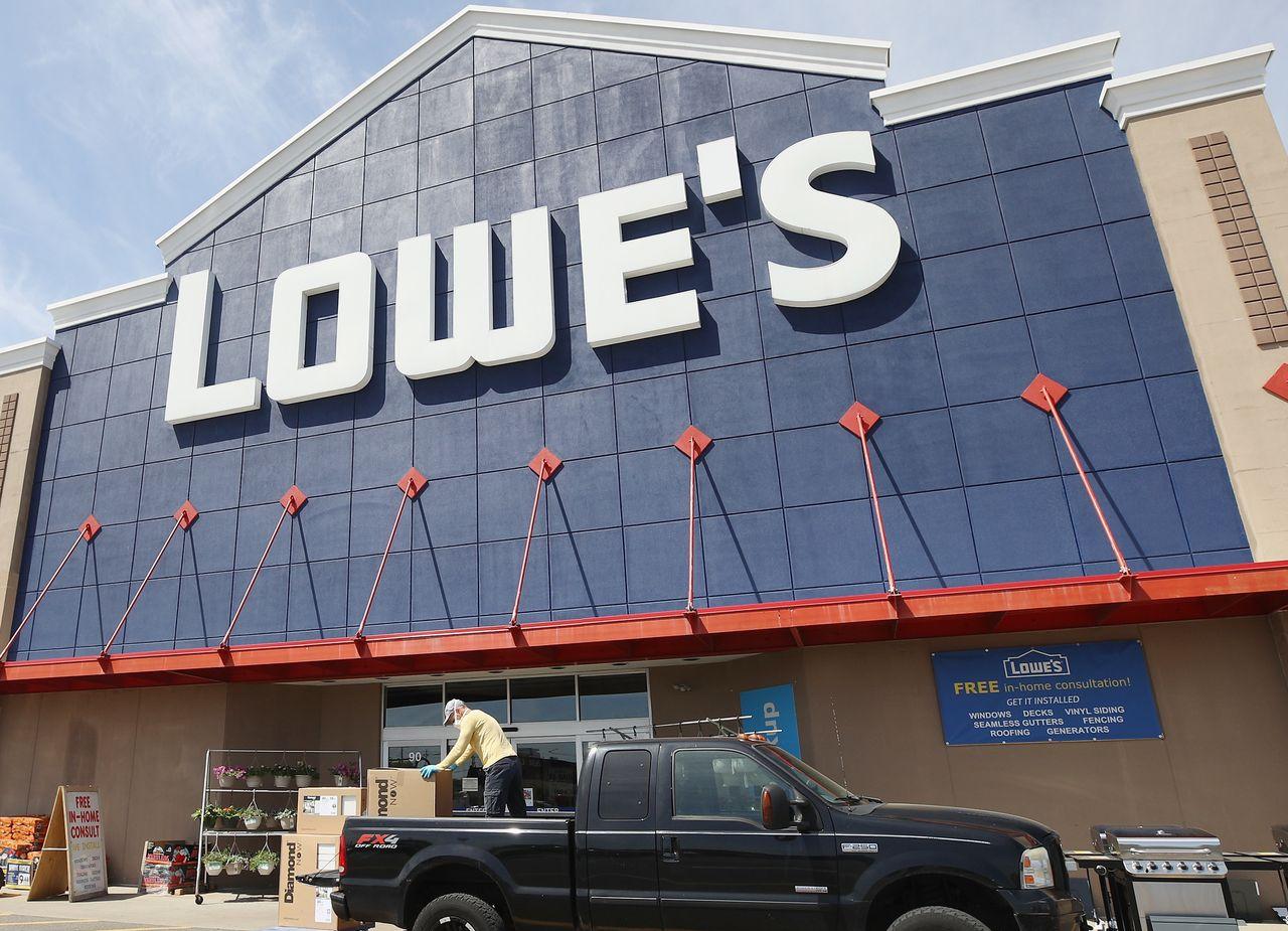 home depot vs lowe s should you buy