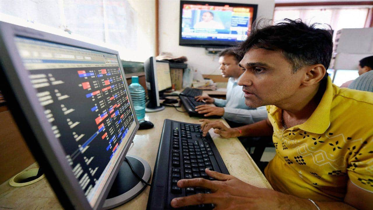 The BSE Large-cap Index rose nearly 1 percent supported by the Piramal Enterprises, Power Grid Corporation, Tata Motors DVR, Coal India and NTPC, while losers were Petronet LNG, NMDC and Havells India.