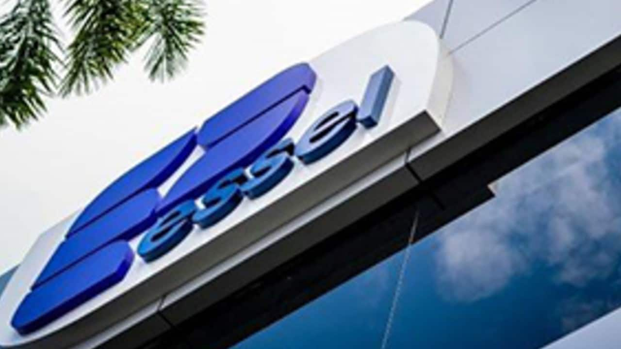 Essel Propack | CMP: Rs 256.85 | The share price jumped 6 percent after the management's positive outlook. It is of the view that things are back to normal for the company with the health and hygiene segment doing very well. The company on July 30 reported a 13.96 percent increase in consolidated net profit to Rs 45.62 crore for the June quarter. The company had posted a net profit of Rs 40.03 crore in the April-June period a year ago, Essel Propack said in a BSE filing.