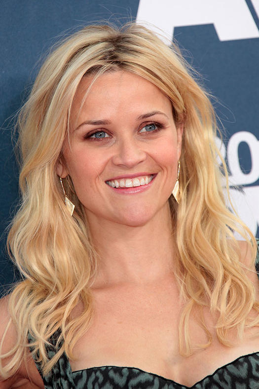 16 Must Mimic Reese Witherspoon Hairstyles