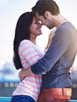 9 Tips to Keep Your Man (and You) Happy, Faithful, & Satisfied