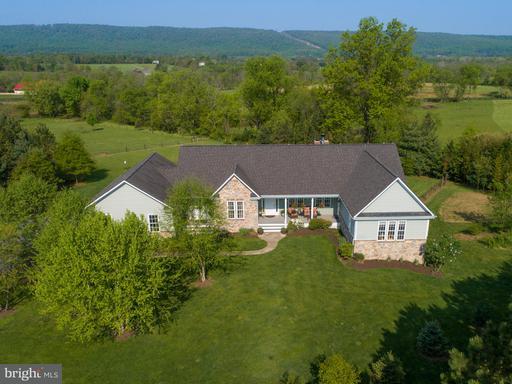 Property for sale at 38881 Dobbins Creek Ln, Lovettsville,  VA 20180