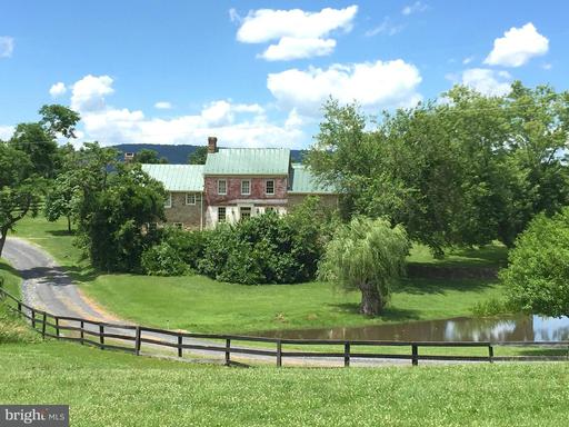 Property for sale at 20597 Furr Rd, Round Hill,  VA 20141