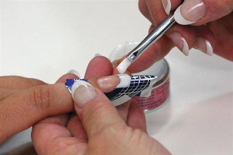 Apply Forms To Nails Use The Infinity Gel Brush And White Builder Uv505 Tip Of Nail Create A Thin Free Edge