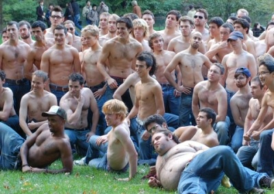 Improv Everywhere goes shirtless