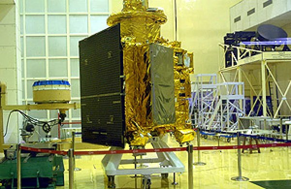 ISRO's Chandrayaan 2 Mission launch in April, to aim for ...