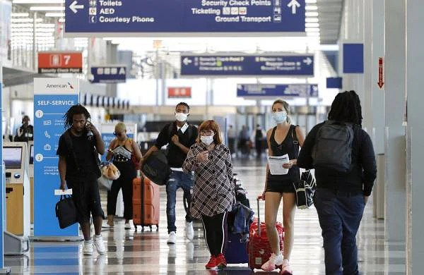 COVID-19: US issues guidelines but no new rules for safe air travel even amid surging cases