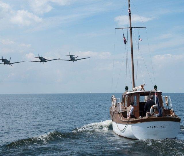 Dunkirk Manages To Make War Boring