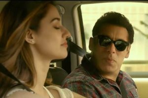 Salman Khan breaks his screen 'no kiss' policy for 'Radhe'!  The direction was done with Patni Lip Lock