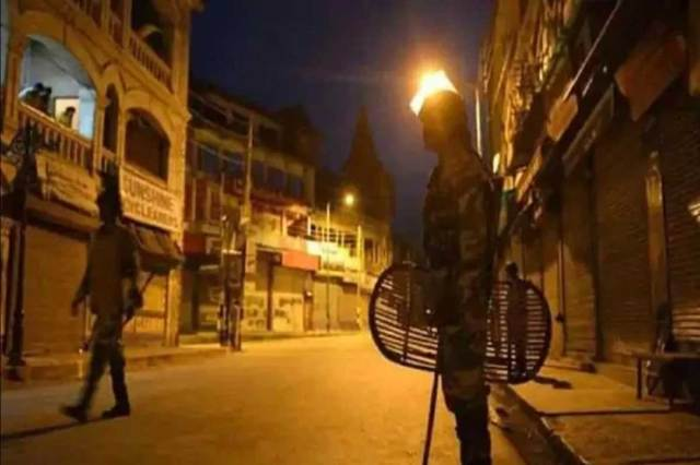 उत्तराखंड के सभी जिलों में रात का कर्फ्यू बढ़ा दिया गया है।  (सिफर फोटो)