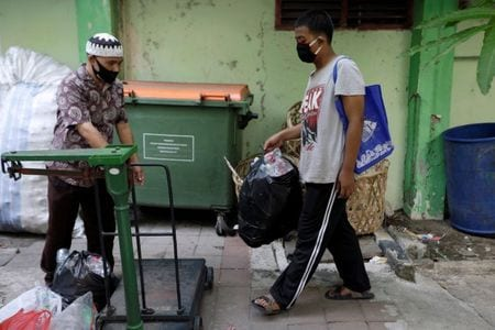 Starved Of Wifi, Indonesians Trade Plastic Trash To Study Online