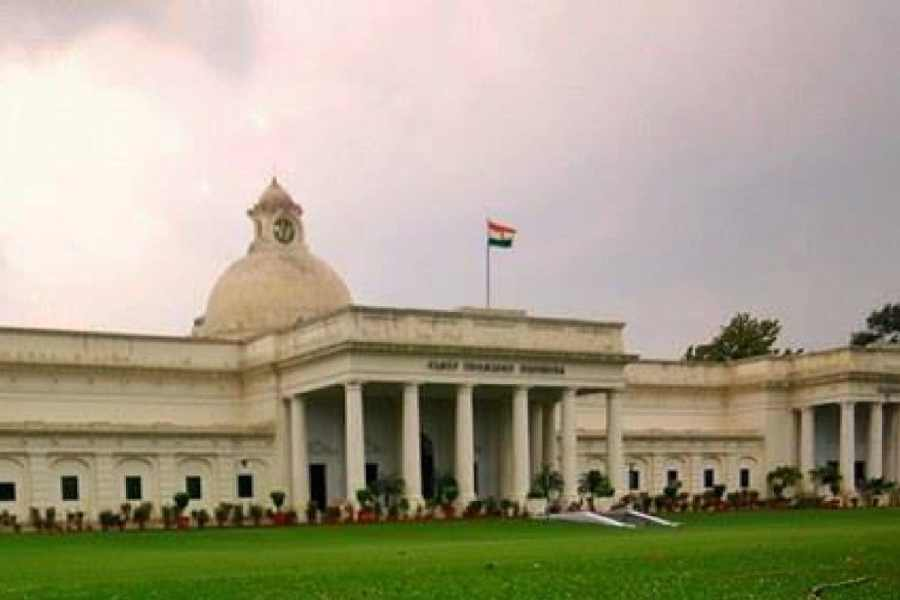 Applications open for online courses by IIT Roorkee