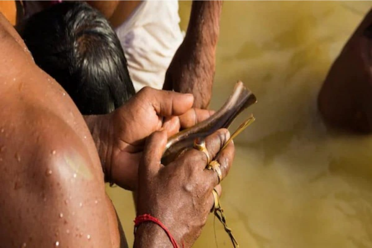 The legend about Pitru Paksha is mentioned in the Hindu epic, Mahabharata.