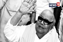 Watch: DMK Patriach M Karunanidhi No More, Thousands Mourn outward a Hospital