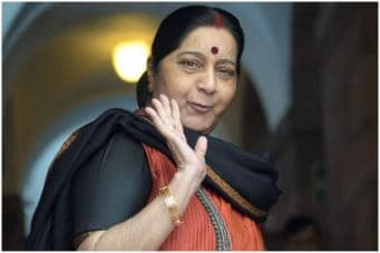 Sushma Swaraj Death, <b><span style='color: rgb(0, 191, 255); font-size: 10px; background-color: rgb(247, 198, 206);' style> POLITICS » </span></b><br><br>Former Foreign Minister, BJP MP Sushma Swaraj Passes Away After Heart Attack