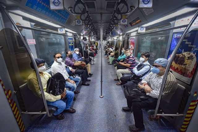 * The number of metros is further reduced following the proposal of the state government.  Initially, it was said that instead of 237 from Thursday, 218 metros will run from Monday to Friday.  But again it was reduced.  File image.