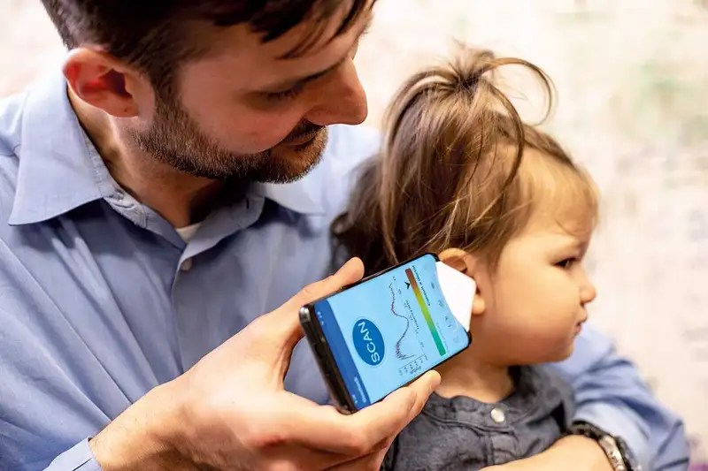 The device being used on a child